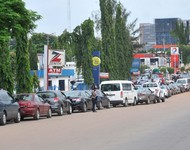 PIC. 11. QUEUE FOR PETROL IN ABUJA ON  TUESDAY (2/7/13).