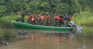nigerian-soldiers-in-the-niger-delta