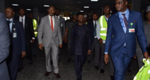 Osinbajo pays unscheduled visit to Lagos airport, inspects facilities