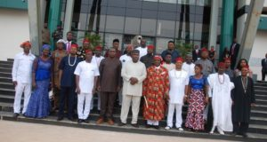 Gov. Ifeanyi Ugwuanyi of Enugu State flanked by members of the Ohaneze Ndigbo.