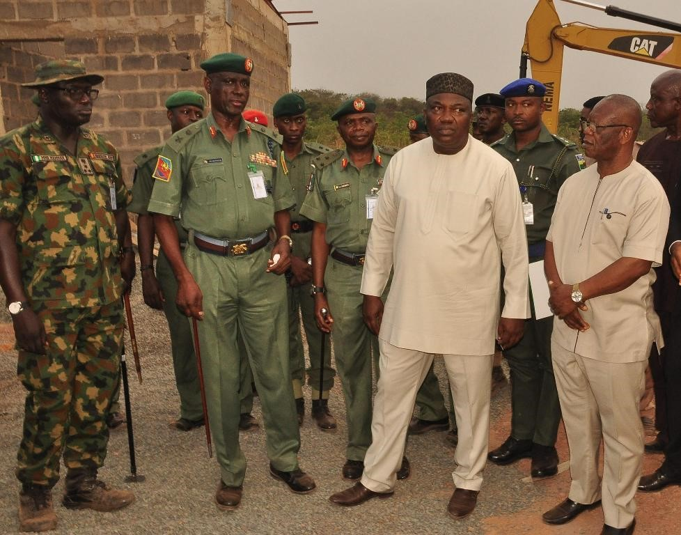 Gov. Ifeanyi Ugwuanyi of Enugu Stats General Officer Commanding 82 Division of the Nigerian Army, Enugu